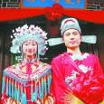 In un paese fortemente cosmopolita ma ancorato profondamente alle proprie tradizioni il matrimonio rappresenta un momento colmo di simbologia e di riti che portano con sé la storia di imperatori...