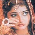 Il matrimonio in alcuni Paesi come l' India è considerato sacro, non soltanto perché è l' unione di due persone, ma anche perché esso consiste nell' unione di due famiglie,...
